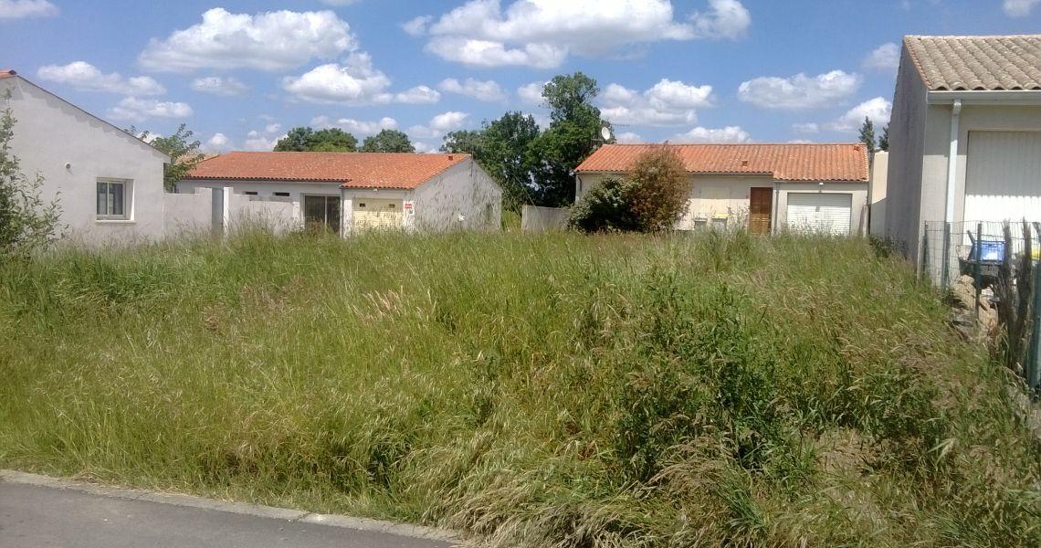 image Maison 95 m² avec terrain à CHAILLES (41)