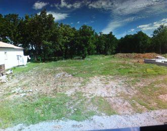 Photo du terrain à bâtir de 765 m² <br><span>CROUTELLE(86)