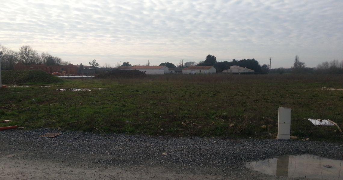 image Terrain à bâtir de 760 m² à COULLONS (45)