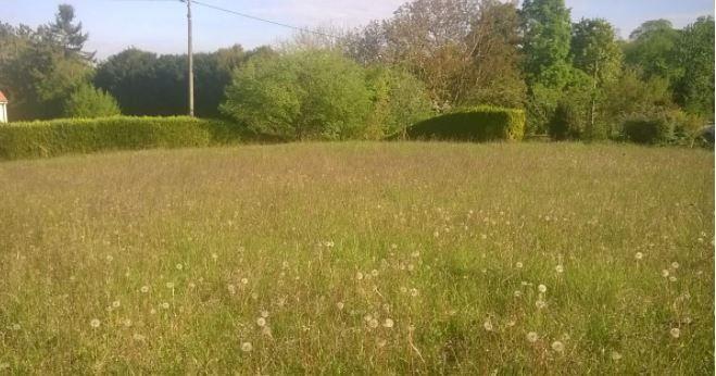 Photo du terrain à bâtir de 830 m² <br><span>INGRANDES(86)