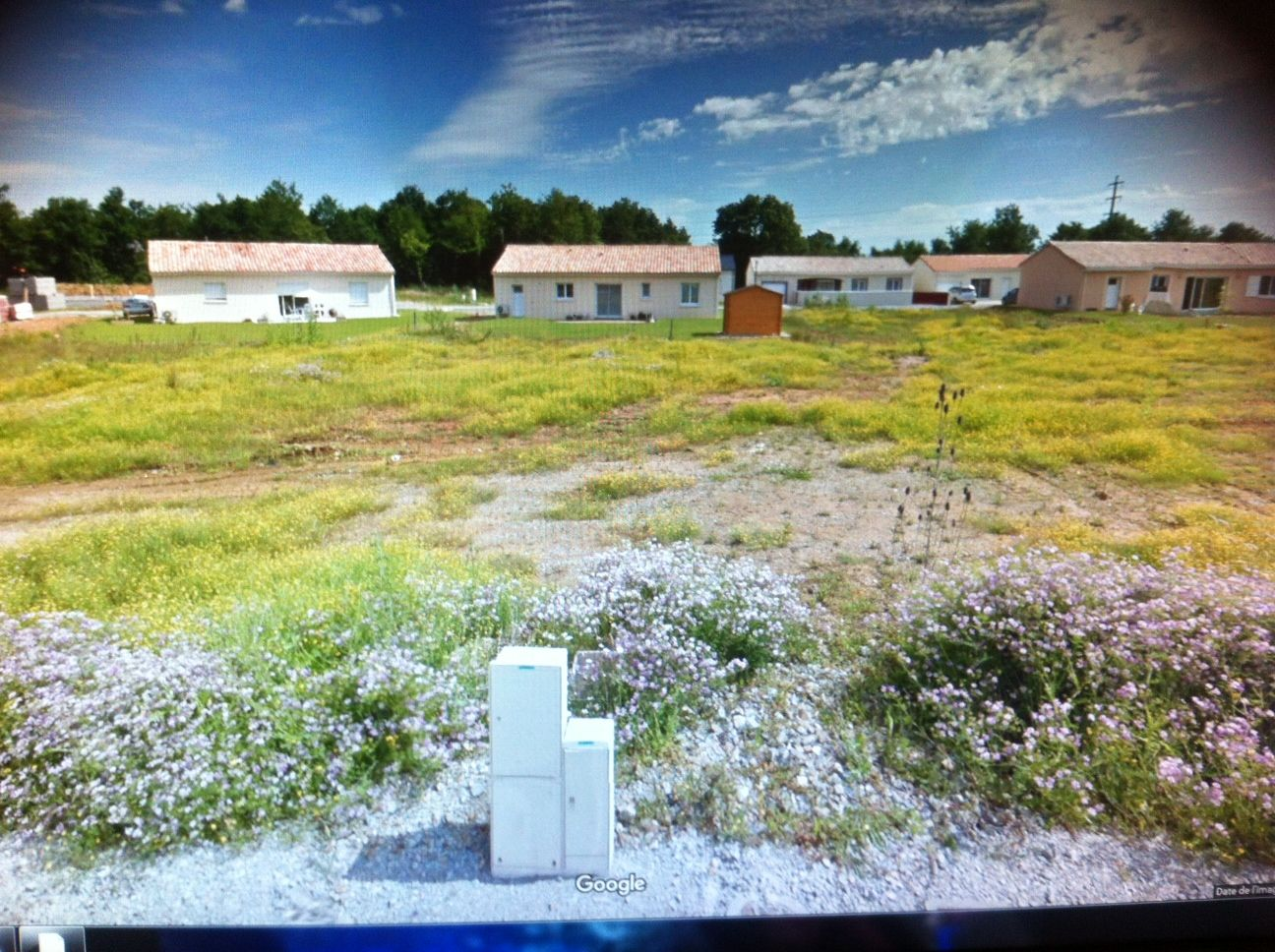 Photo du terrain à bâtir de 531 m² <br><span>CROUTELLE(86)