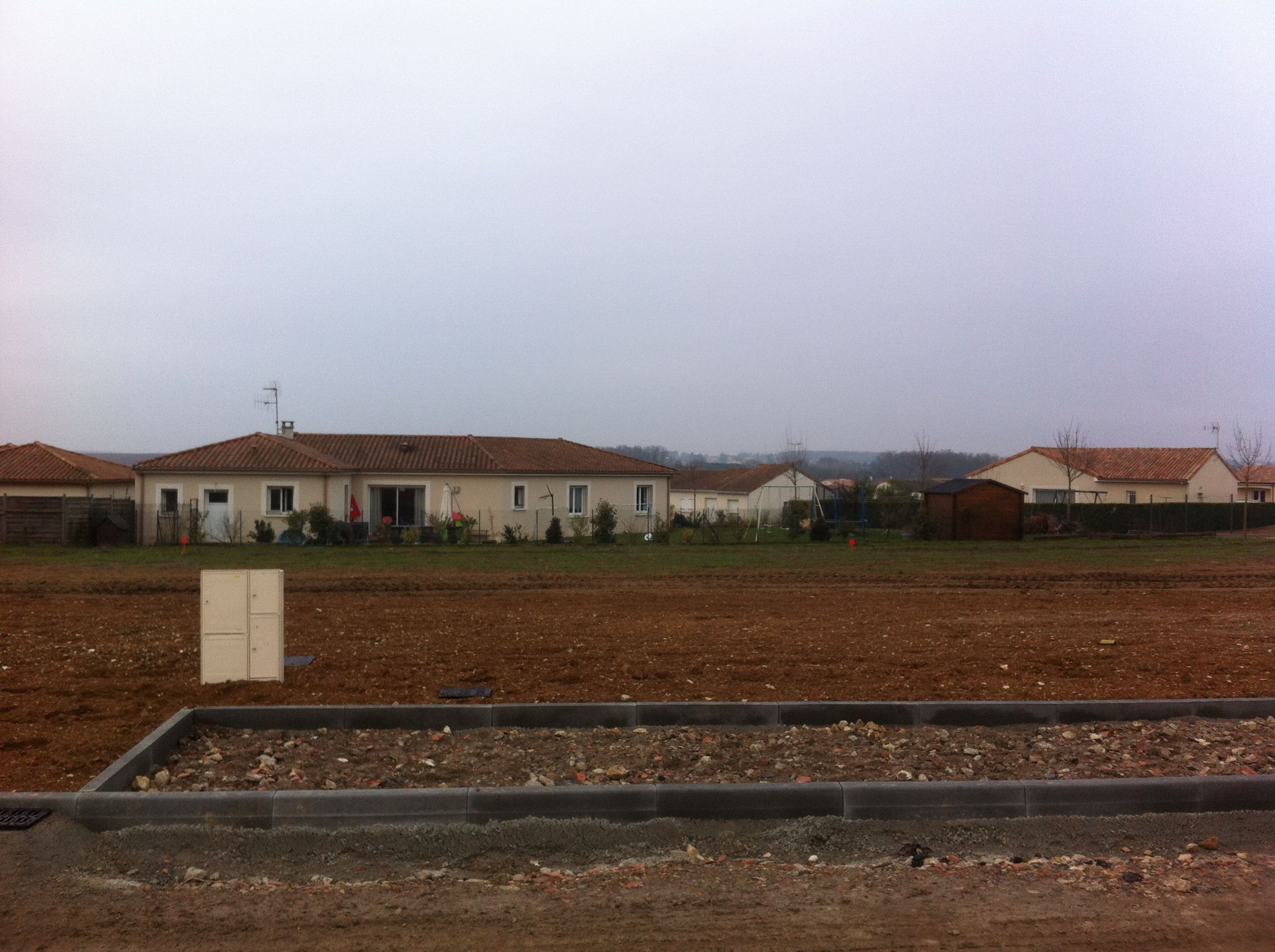 Photo du terrain à bâtir de 858 m² <br><span>CISSE(86)