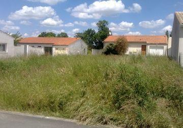 image terrain Terrain à bâtir de 637 m² à EPIEDS-EN-BEAUCE (45)