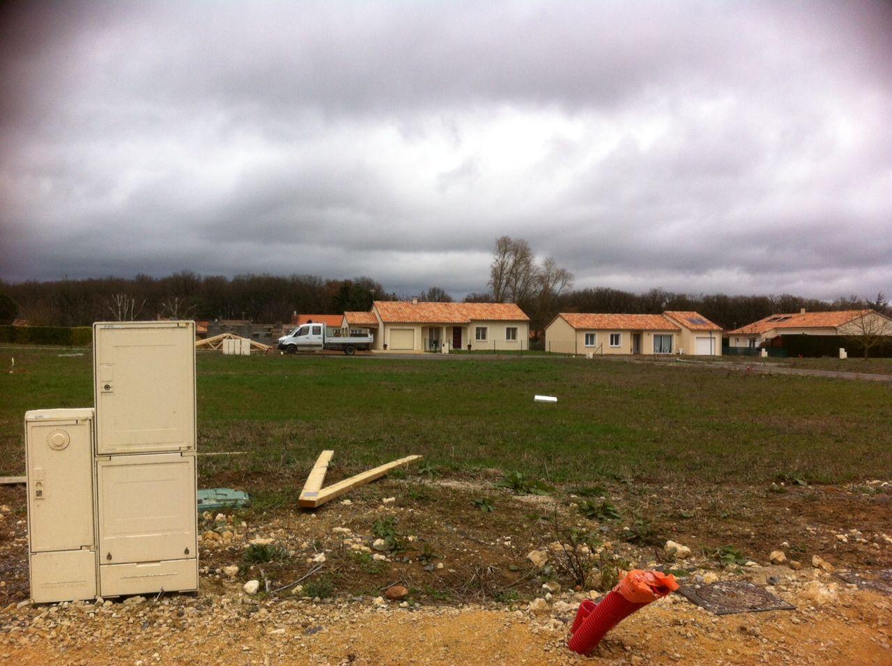 Photo du terrain à bâtir de 629 m² <br><span>SEVRES-ANXAUMONT(86)