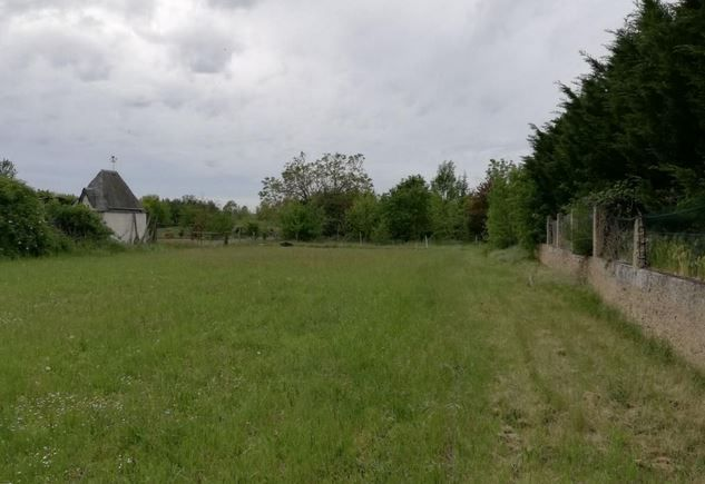 Photo du terrain à bâtir de 2124 m² <br><span>NAINTRE (86)
