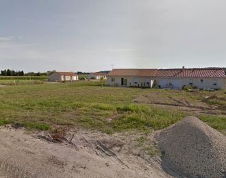 Photo du terrain à bâtir de 652 m² <br><span>VOUNEUIL-SUR-VIENNE(86)