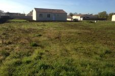 image miniature Terrain à bâtir de 1086 m² à DAMPIERRE-EN-BURLY (45)