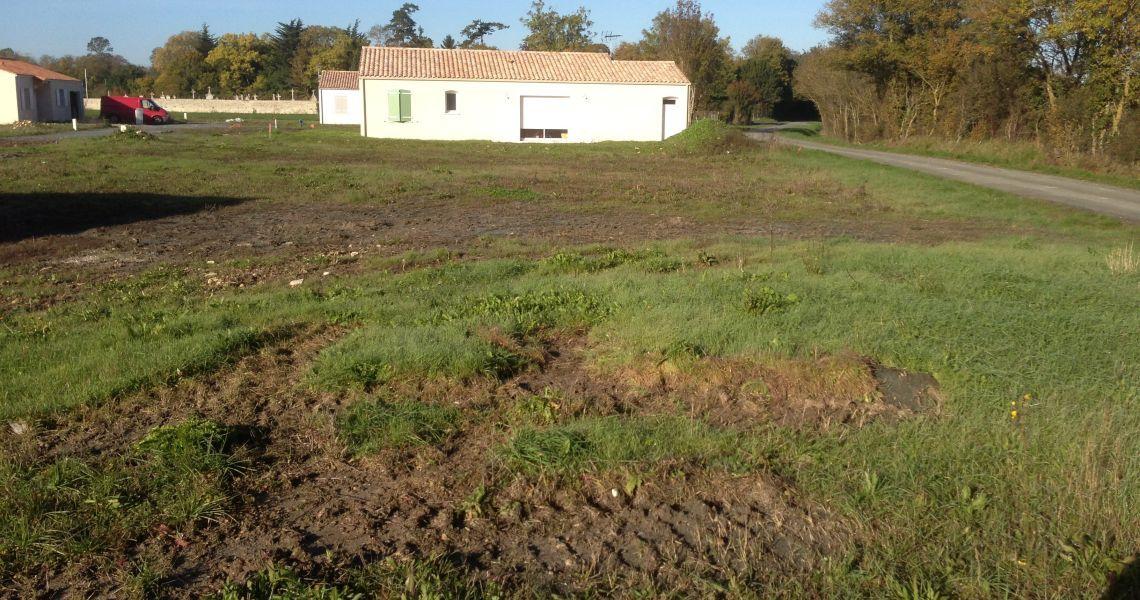 image Terrain à bâtir de 1264 m² à PEZOU (41)