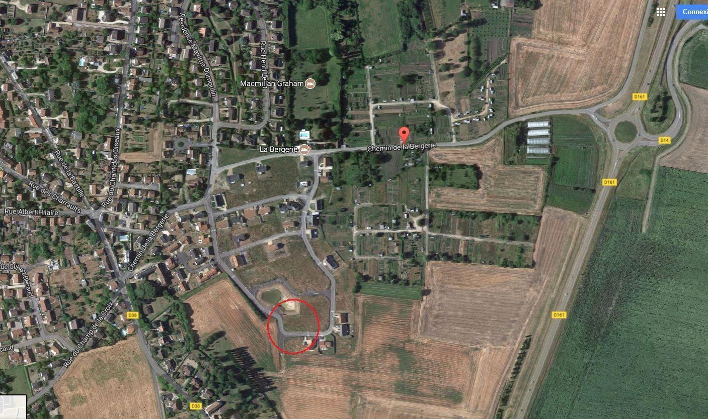 Photo du terrain à bâtir de 687 m² <br><span>CHATELLERAULT(86)