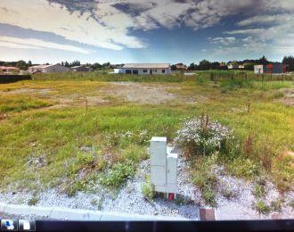 Photo du terrain à bâtir de 567 m² <br><span>CROUTELLE(86)