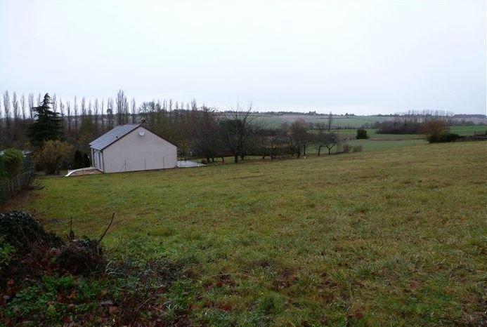 Photo du terrain à bâtir de 820 m² <br><span>CHATELLERAULT(86)