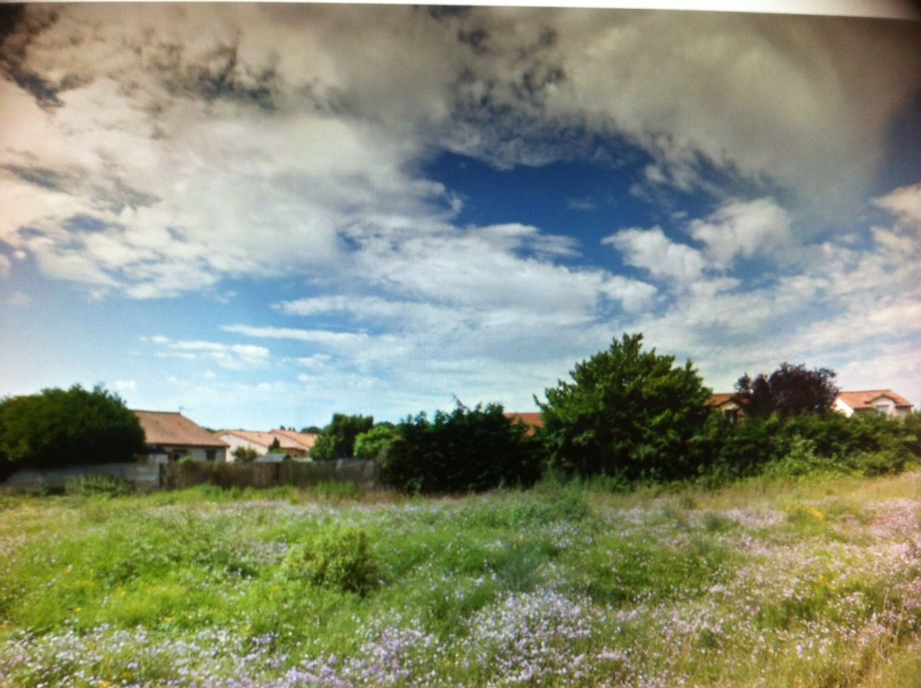 Photo du terrain à bâtir de 540 m² <br><span>CROUTELLE(86)
