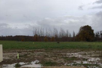 image terrain Terrain de 345 m² à VILLEGOUGE