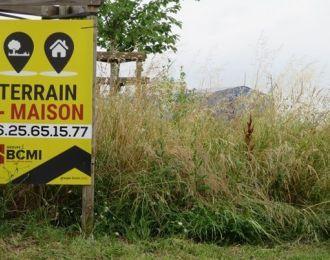 Photo du terrain à bâtir de 472 m² <br><span>SAINT-SATURNIN(16)