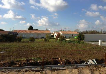image terrain Terrain à bâtir de 650 m² à BEAUNE-LA-ROLANDE (45)