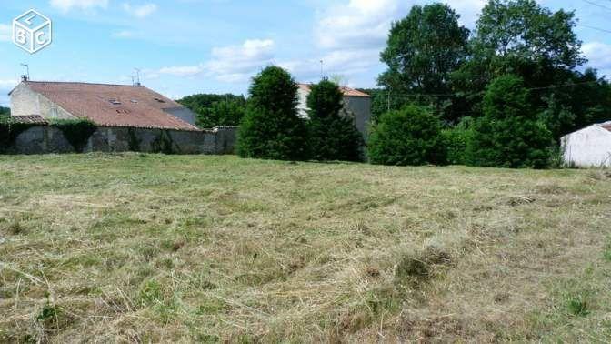 Photo du terrain à bâtir de 590 m² <br><span>AVANTON(86)