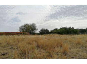 Photo du terrain à bâtir de 1750m²<br> à COURVILLE-SUR-EURE (28)