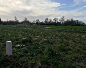 Photo du terrain à bâtir de 515 m² <br><span>VENERAND(17)
