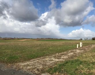 Photo du terrain à bâtir de 590 m² <br><span>SAINT-HILAIRE-DE-VILLEFRANCHE(17)
