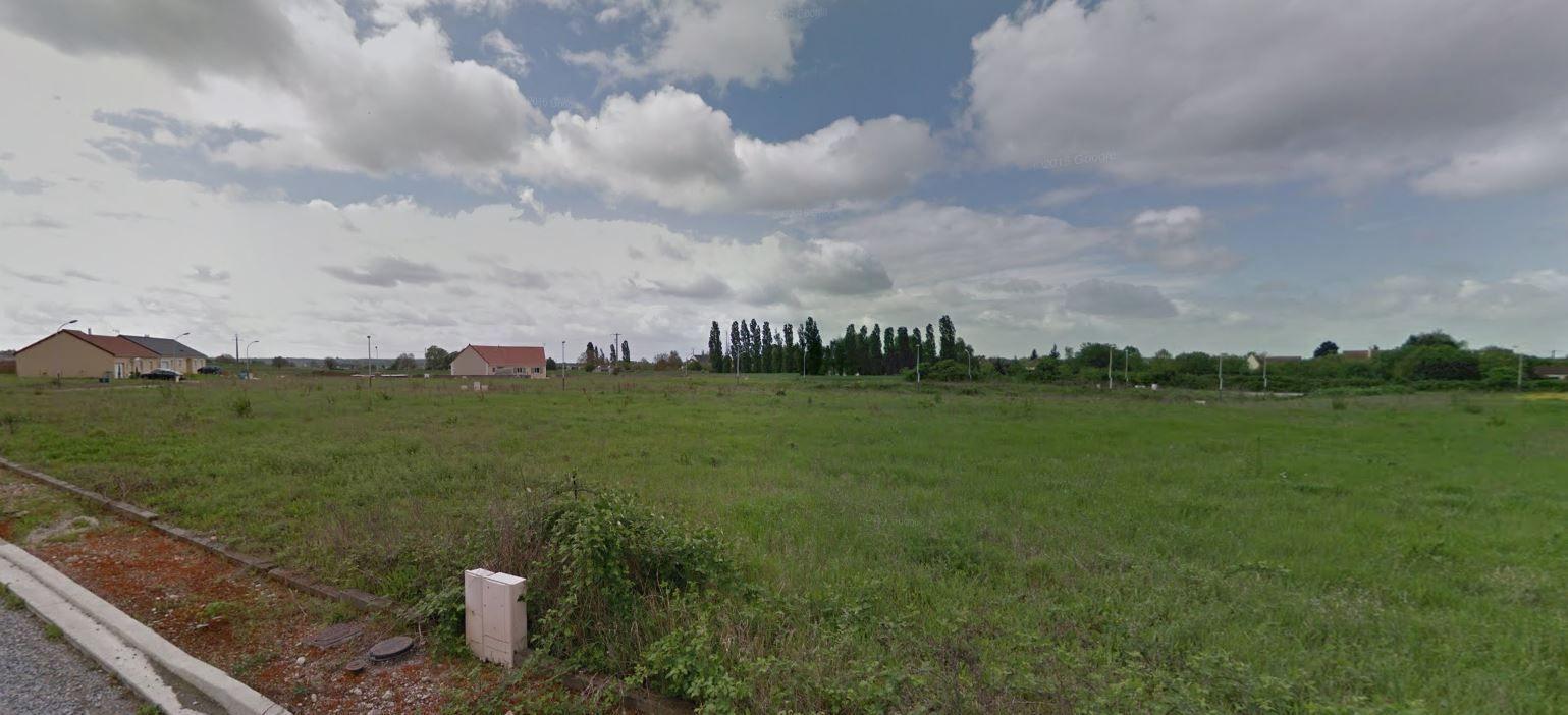 Photo du terrain à bâtir de 1301 m² <br><span>LA CHAPELLE-MOULIERE(86)