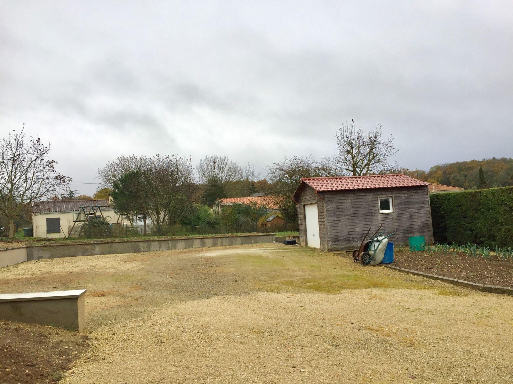 Photo du terrain à bâtir de 1216 m² <br><span>SAIVRES(79)