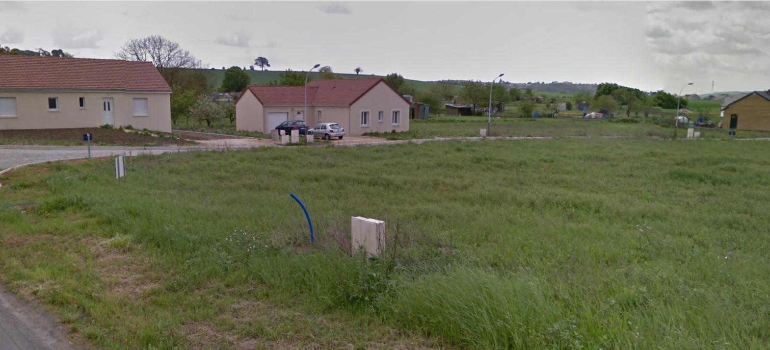 Photo du terrain à bâtir de 627 m² <br><span>CHATELLERAULT(86)