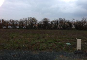 image terrain Terrain à bâtir de 633 m² à GIEN (45)