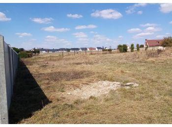 Photo du terrain à bâtir de 500m²<br> à COLTAINVILLE (28)