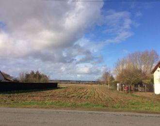 Photo du terrain à bâtir de 2455 m² <br><span>SAINT-GENEST-D'AMBIERE(86)