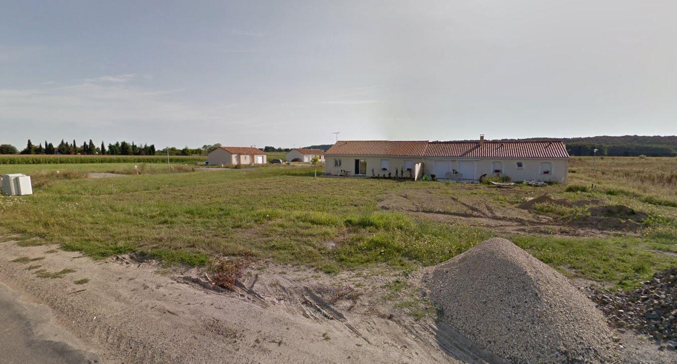 Photo du terrain à bâtir de 708 m² <br><span>VOUNEUIL-SUR-VIENNE(86)